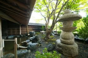 露天風呂 庭園
