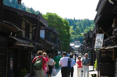 飛騨の小京都とも呼ばれる「古い町並み」を散策