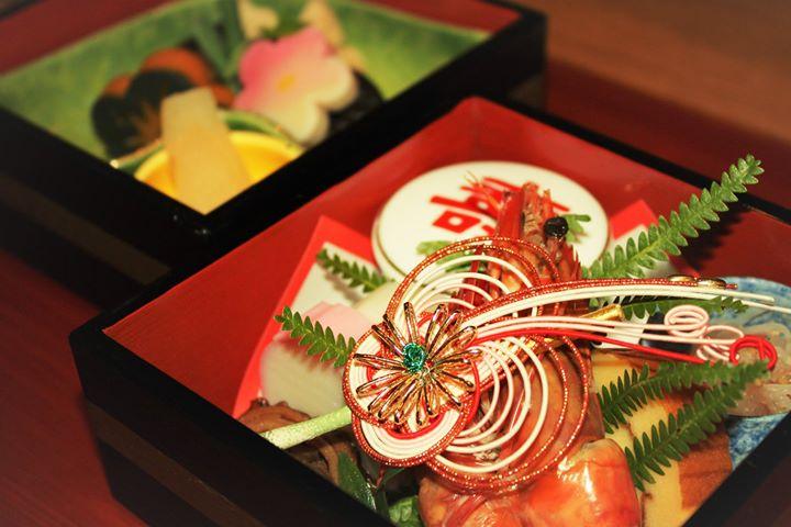 新春、朝食は花扇自慢の祝い膳で。